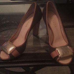 Escada heels size 39.5